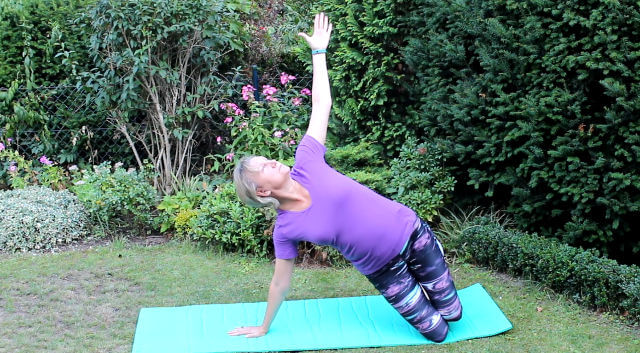 Pilates-auf-dem-Boden